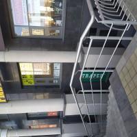 Наш магазин находится на цокольном этаже